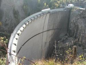 """I geologi: """"Il Monte Toc era a rischio crollo ma gli studi furono messi in un cassetto"""""""