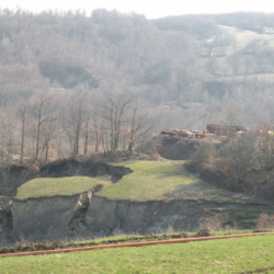 """Emergenza frane, l'allarme dei geologi: """"Potrebbe durare anni"""""""