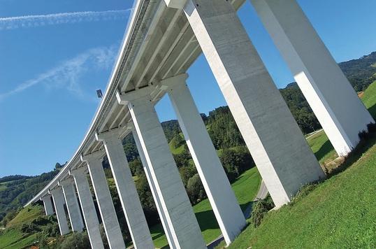 L'Italia delle costruzioni cresce solo all'estero