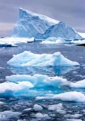 Polvere e calore geotermico stanno sciogliendo le calotte glaciali in Groenlandia e Antartide