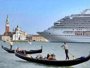 Stop alle grandi navi nel bacino di San Marco, ma non è quello che chiedevano gli ambientalisti