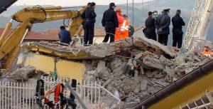"""Scampato al terremoto """"Geologo, scelta di vita"""""""