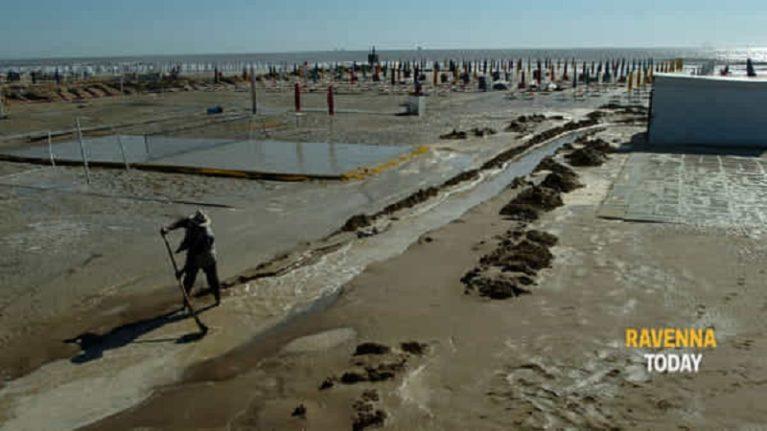 """Mareggiate ed erosione, i geologi: """"I ripascimenti non bastano più"""""""