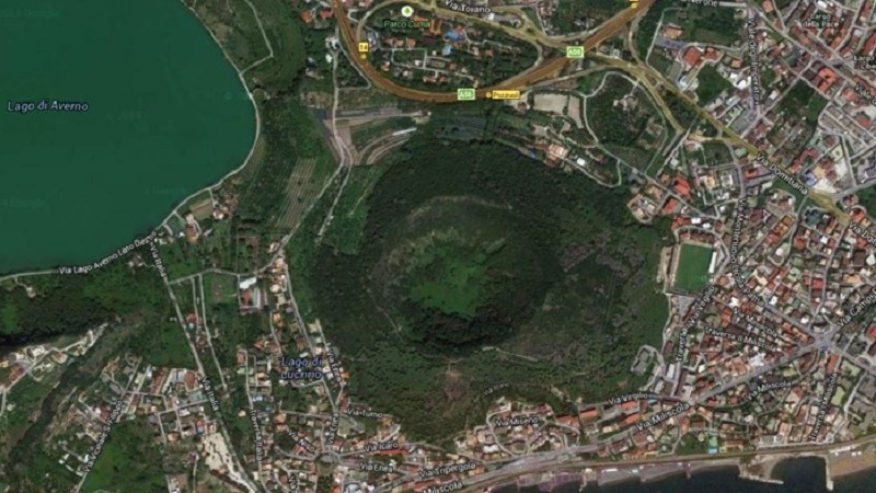Campi Flegrei, torna di attualità la questione del rischio vulcanico