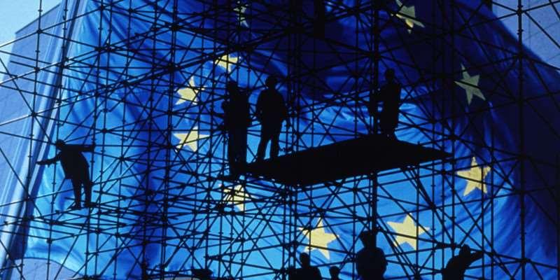 Economia dei servizi, le nuove misure che facilitano i professionisti
