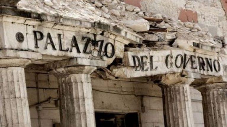 Terremoto a L'Aquila contributi illeciti per tre case su quattro