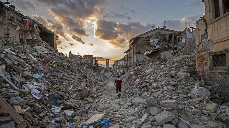 """Il terremoto del 24 agosto 2016 """"La lunga notte di Amatrice che ci ha segnato per sempre"""""""