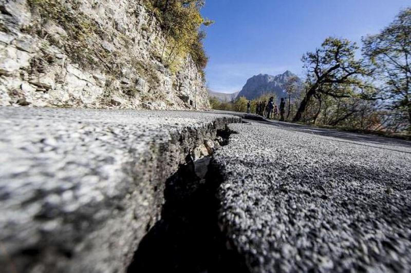 Ricostruzione strade post-sisma, pubblicate gare per 16,6 milioni di euro