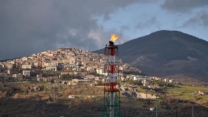 """Petrolio e terremoti: """"I controllori vengono finanziati dai controllati"""""""