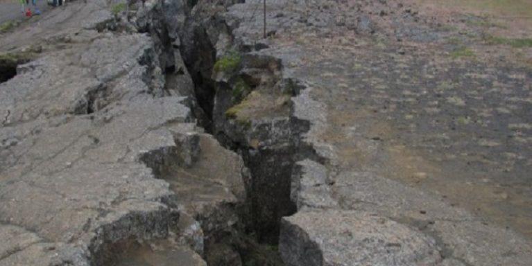 Quanto durerà il terremoto? Ce lo dice la crosta terrestre
