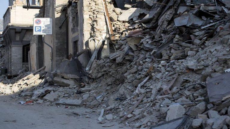 Post-terremoto, sbloccati 100 milioni per rimuovere le macerie nel cratere