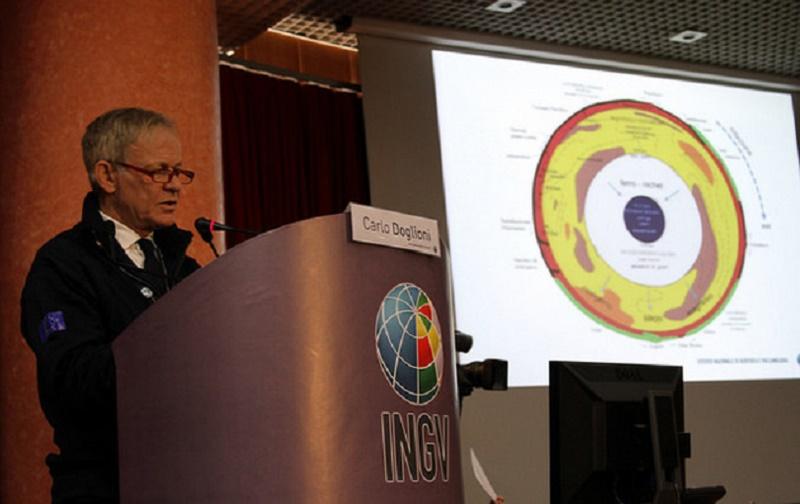 """Terremoto Centro, Doglioni (INGV): """"Evitiamo allarmismi e pensiamo alla prevenzione"""""""