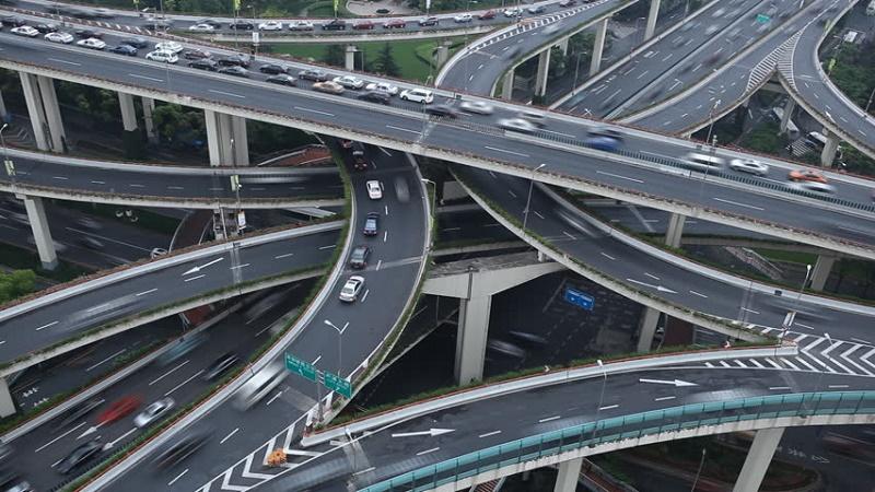 Autostrade per l'Italia/1. Governo diviso sull'ingresso di Cassa depositi e prestiti nella società