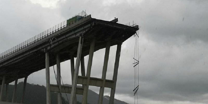 Ponte, Toninelli: «Lo ricostruirà lo Stato, pagherà Aspi». Ma la maggioranza frena