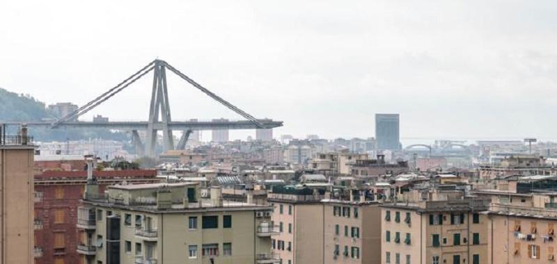 Dieci progetti per la ricostruzione del Ponte di Genova