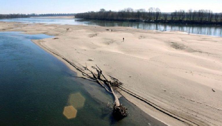 E così al Nord fiumi e laghi a secco