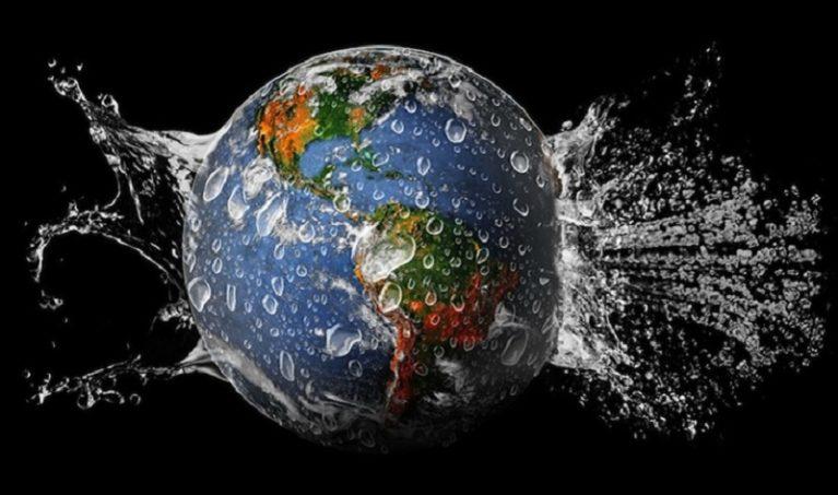 L'acqua sulla Terra: la metà viene dallo spazio