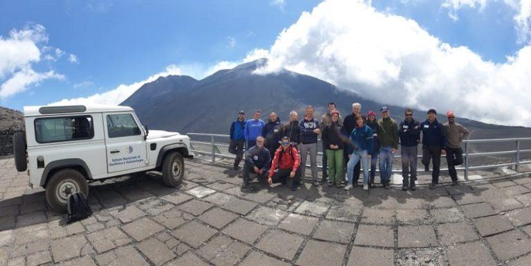 Fibra ottica, sull'Etna la prima sperimentazione per il monitoraggio di un vulcano attivo tramite tecnologia DAS