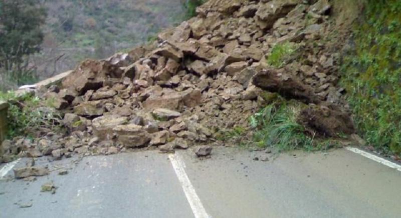 Rischio idrogeologico tra frane e terremoti, l'isola in codice rosso
