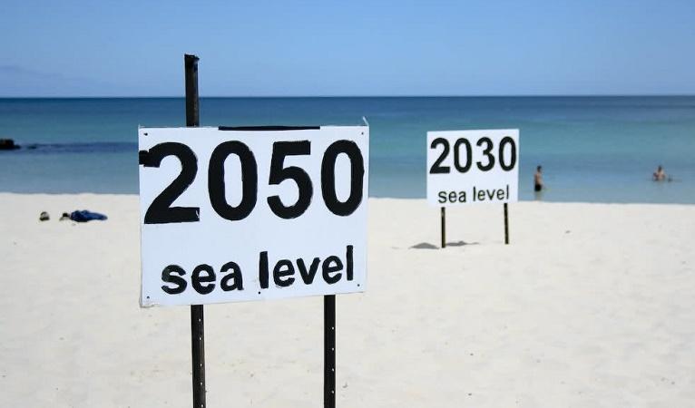 Un futuro allagato: l'innalzamento del livello del mare colpirà 3 volte più persone di quanto si credeva