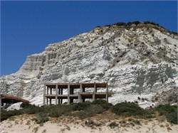 Condono edilizio per il post sisma, insorgono gli ambientalisti