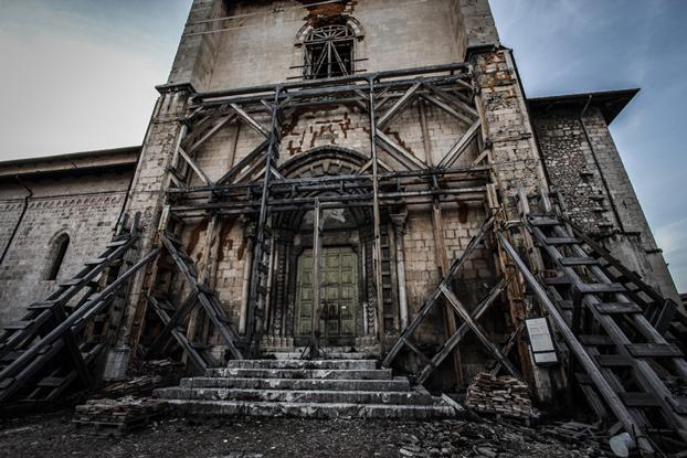 Sisma L'Aquila, tangenti per ricostruire beni culturali. 5 arresti per corruzione