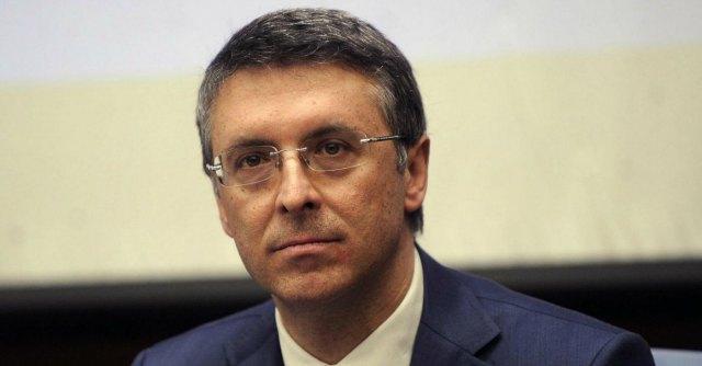 Doppie poltrone, gli ordini professionali battono Cantone: decidono le Camere