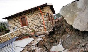 Dissesto idrogeologico, Galletti: prima emergenza in Italia