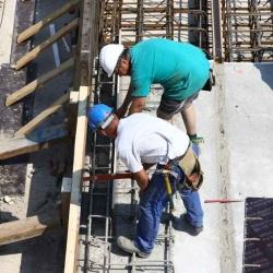 """Edifici in cemento armato, i geometri: """"nuovo attacco alle nostre competenze"""""""