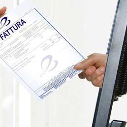Fatture di carta con la Pa addio, è l'ultimo mese per lo switch-off