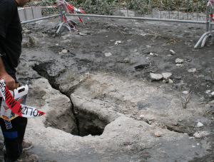 Fucino, crateri e fuoriuscite di gas. Sopralluogo dei geologi dell'Ingv
