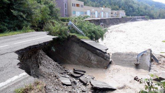 Frane, allagamenti, morti. Il piano del Governo contro le alluvioni al tg2