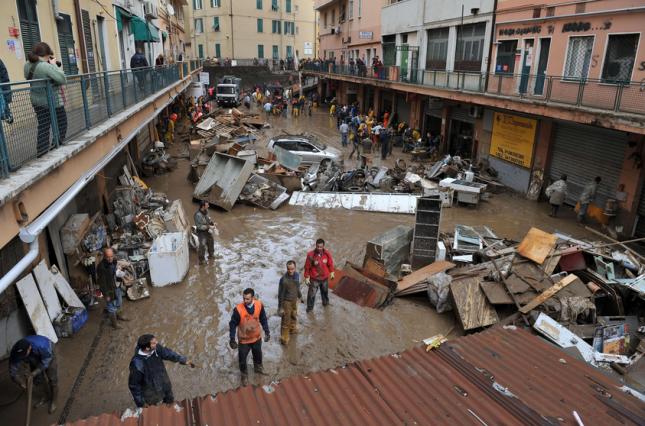 Frane e alluvioni, i 5 mila morti e i 448 miliardi di danni che lo Stato non è riuscito a evitare