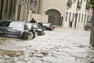 Frane e inondazioni: nel 2015 hanno causato 18 morti, 25 feriti e oltre 3.500 tra sfollati e senzatetto