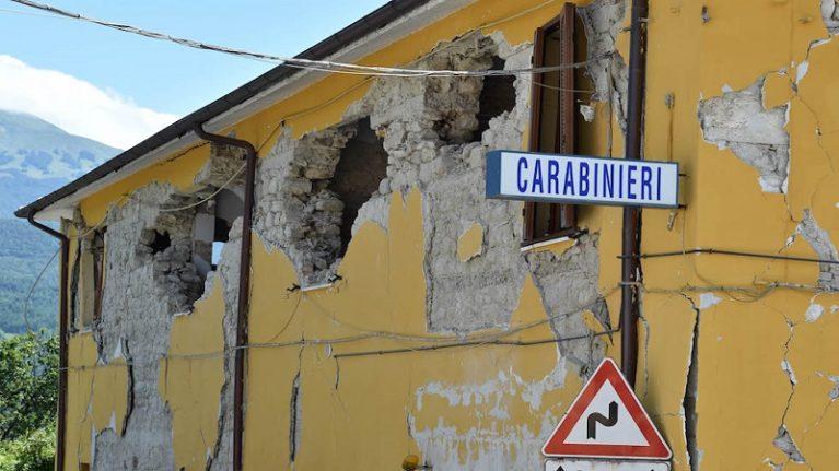 Terremoto. I dieci pilastri da rispettare e gli errori da evitare