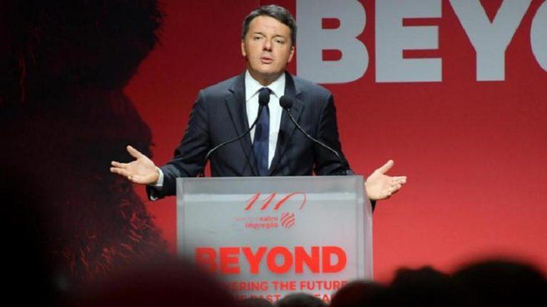 """Renzi: """"Ora investimenti"""". E rilancia il Ponte"""