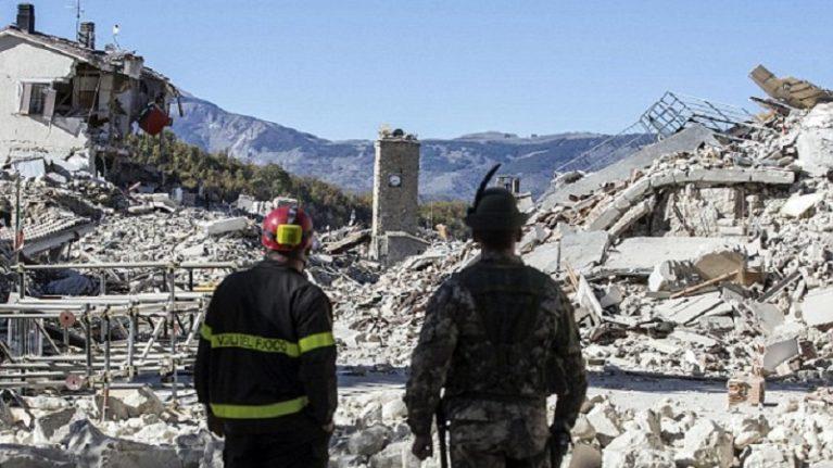"""Il sismologo: in arrivo altre scosse """"L'Italia si prepari a terremoti più forti"""""""