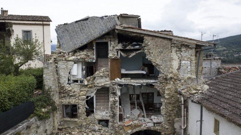 Decreto terremoto, ancora limature. Renzi: lo approveremo in Cdm l'11 ottobre