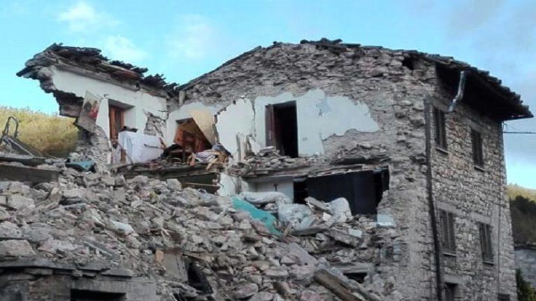 """""""Se è costruita sul terreno sbagliato la casa antisismica crolla lo stesso"""""""