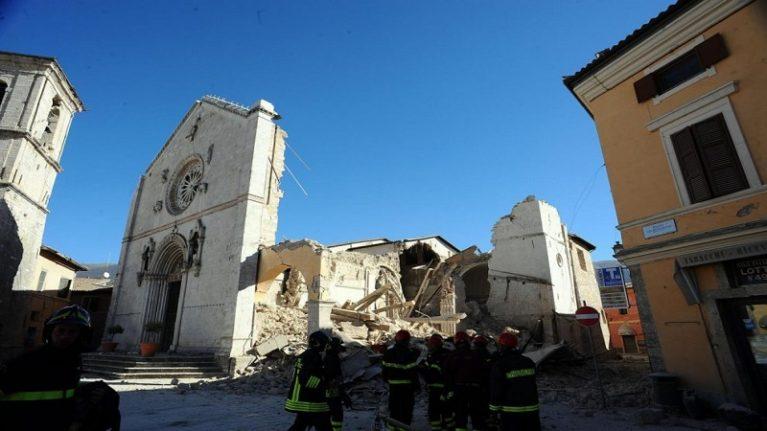 Terremoto, stanziati altri 40 milioni. Le imprese: no alla fuga dal territorio