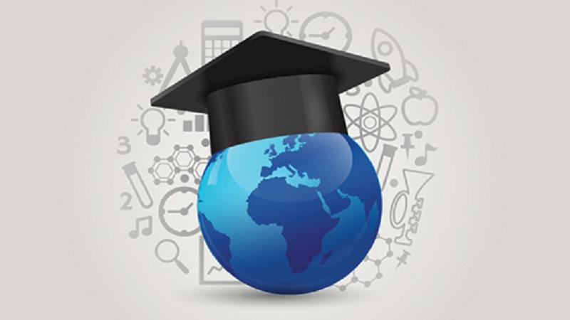 Italiani più istruiti. Aumentano i laureati, calano gli abbandoni