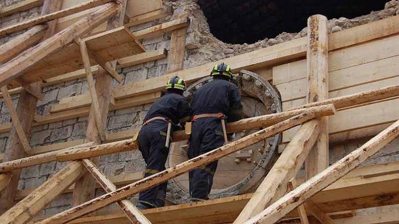 Terremoto, arrivano le istruzioni per «puntellare» edifici e Beni culturali