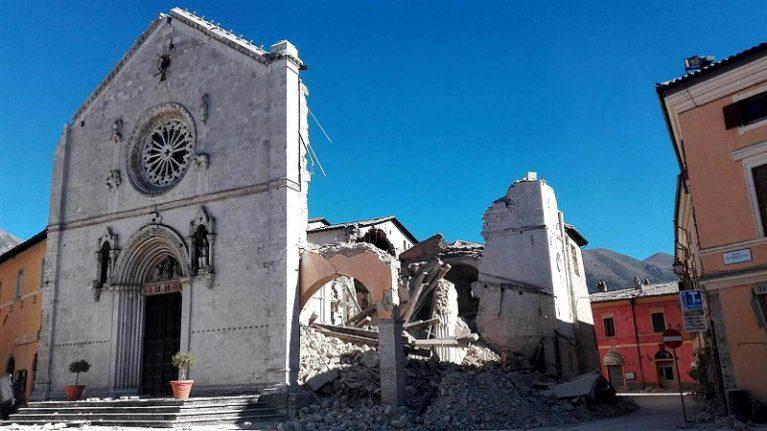 Terremoto. In arrivo «ordinanza chiese»: 69 edifici da riparare entro Natale