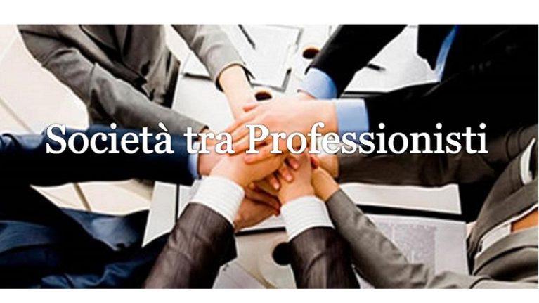 """Società tra professionisti """"strette"""" fra Codice e Albi"""
