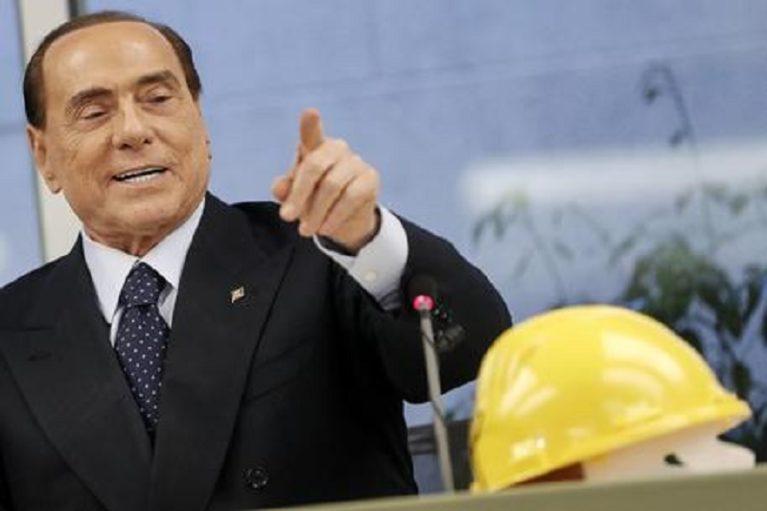 """Berlusconi: """"Il Codice degli appalti e lo split payment vanno aboliti"""""""