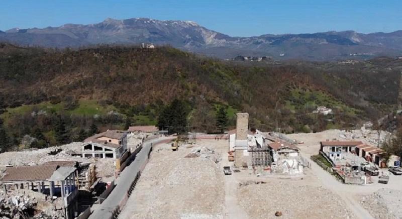 Centro Italia dimenticato, a due anni dal terremoto la ricostruzione è al palo