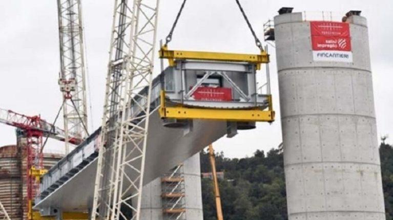 Genova ritrova il suo viadotto. Conte: niente sconti ad Atlantia