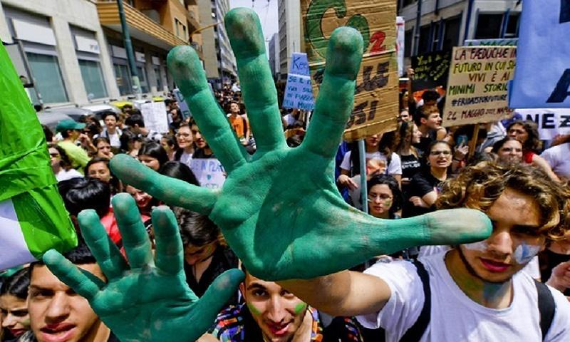 L'ondata verde coinvolge l'Italia. Le misure sono ancora un rebus